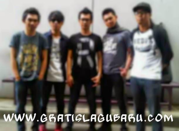 Download Lagu Saleena Band - Ku Tak Sanggup Hidup Tanpamu MP3