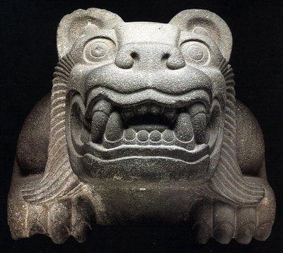 external image escultura-azteca-felino.jpg