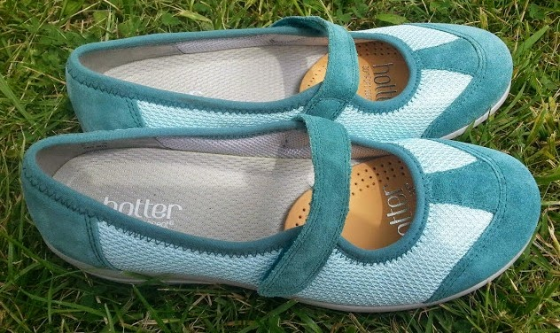 Hotter Shoes Range for Summer 2014 - review - the comfort concept and quality - lagoon blue greenoasis pump