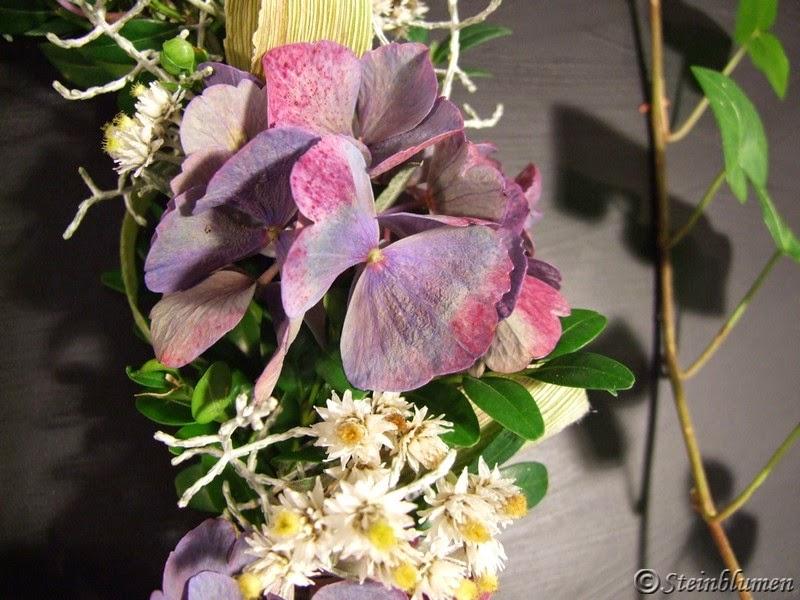 Herbstkränze mit Hortensien