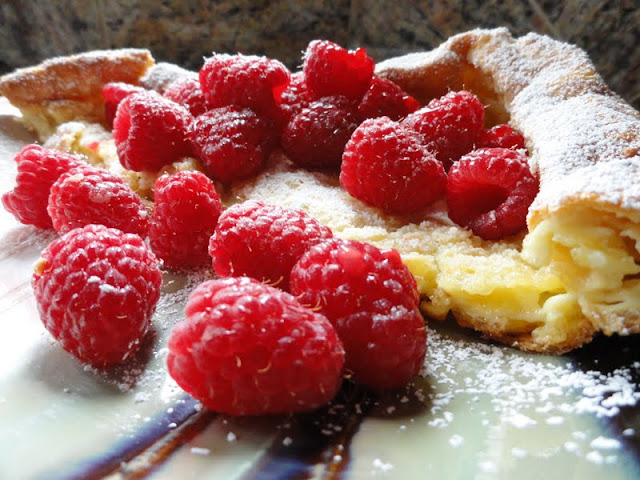 Puff-Pancakes-Aka-Dutch-Babies-Raspberries.jpg