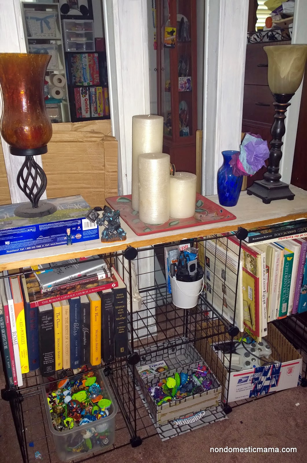 {Day 9} Living Room - 31 Days of De-Hoarding #write31days #dehoarding