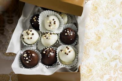 Chocolate & hazelnut truffles Recipe
