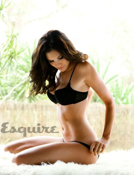 Daniela Ruah – Esquire Magazine Photoshoot