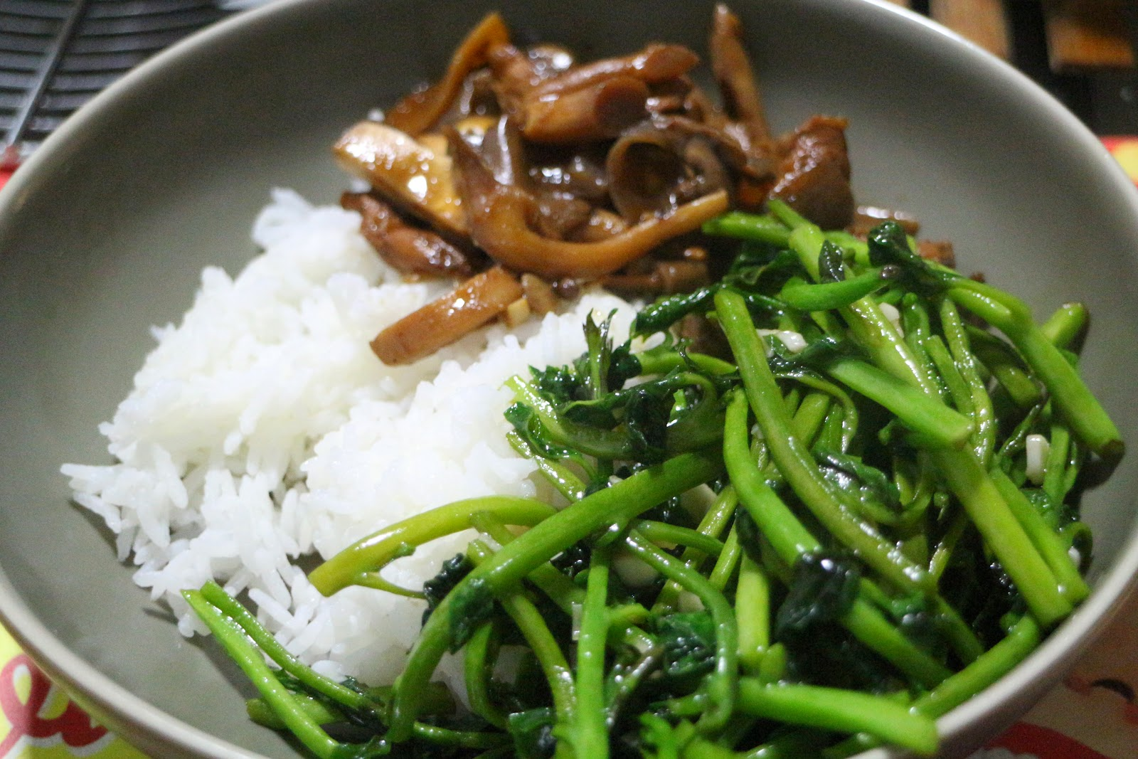 Stir-Fried Mushrooms With Lemongrass And Chilies Recipes — Dishmaps