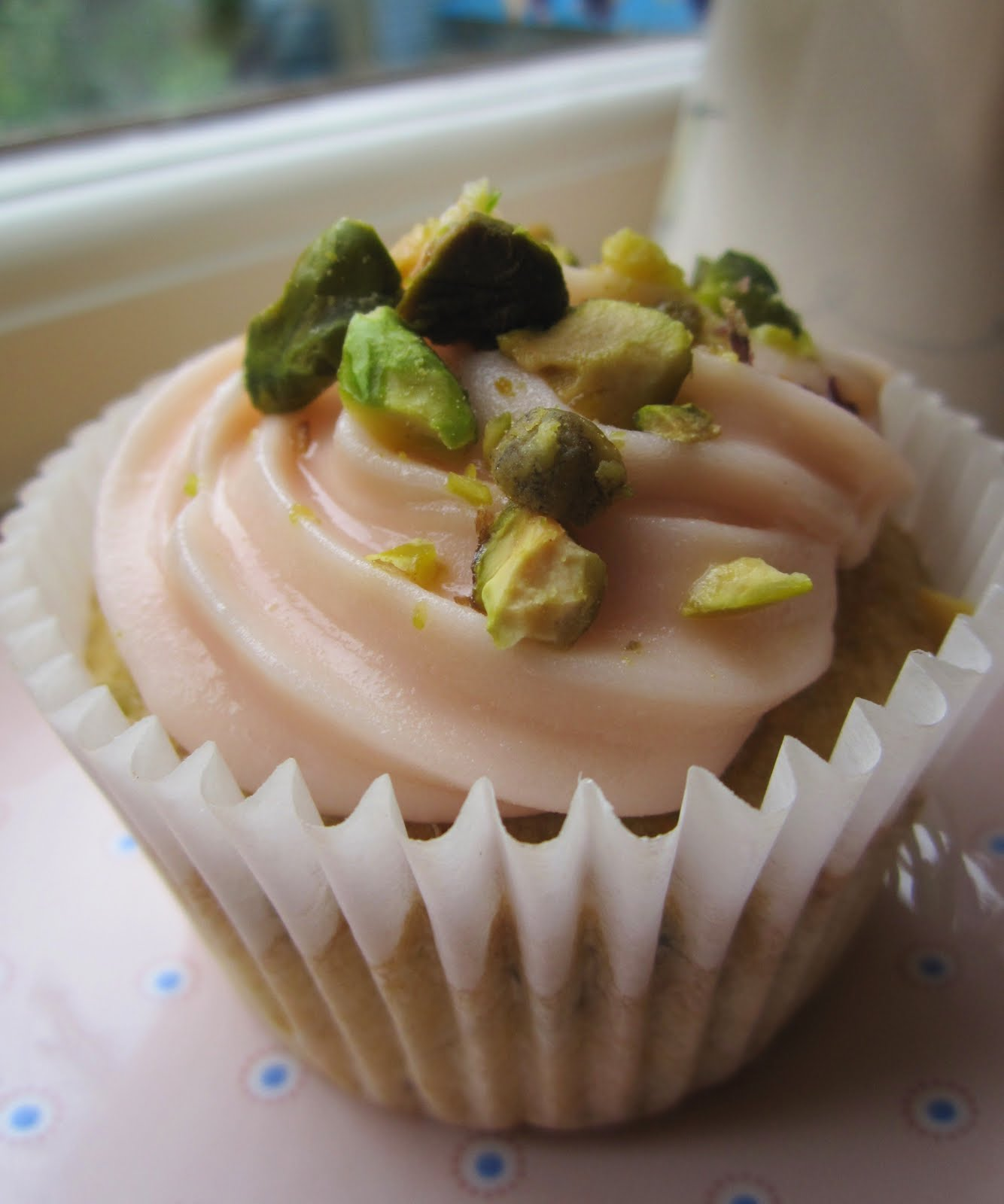 Sugar Plum Cupcake: Pistachio Cupcakes with Cream Cheese Frosting