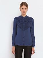Camasa eleganta, de culoare bleumarin, cu broderie superba in zona bustului (Top Secret)