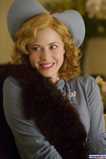 amy adams in  miss pettigrew lives for a day 1940s blue hat and suite with fur stole
