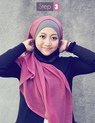 Cara pasang Jilbab Paris Segi Empat (4)