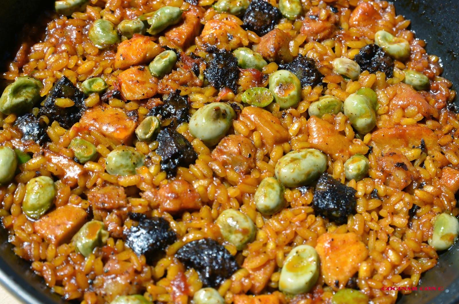 Cocinar con c arroz con habas pollo y morcilla de carne for Cocinar con 5 ingredientes