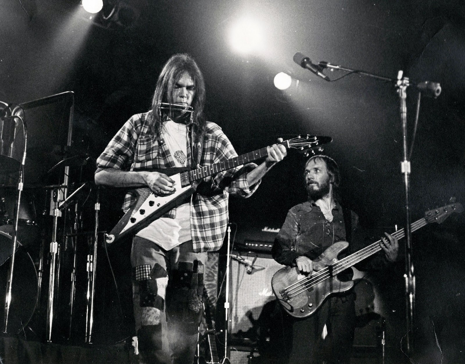 Neil Young News: Neil Young - Bakersfield, California ...