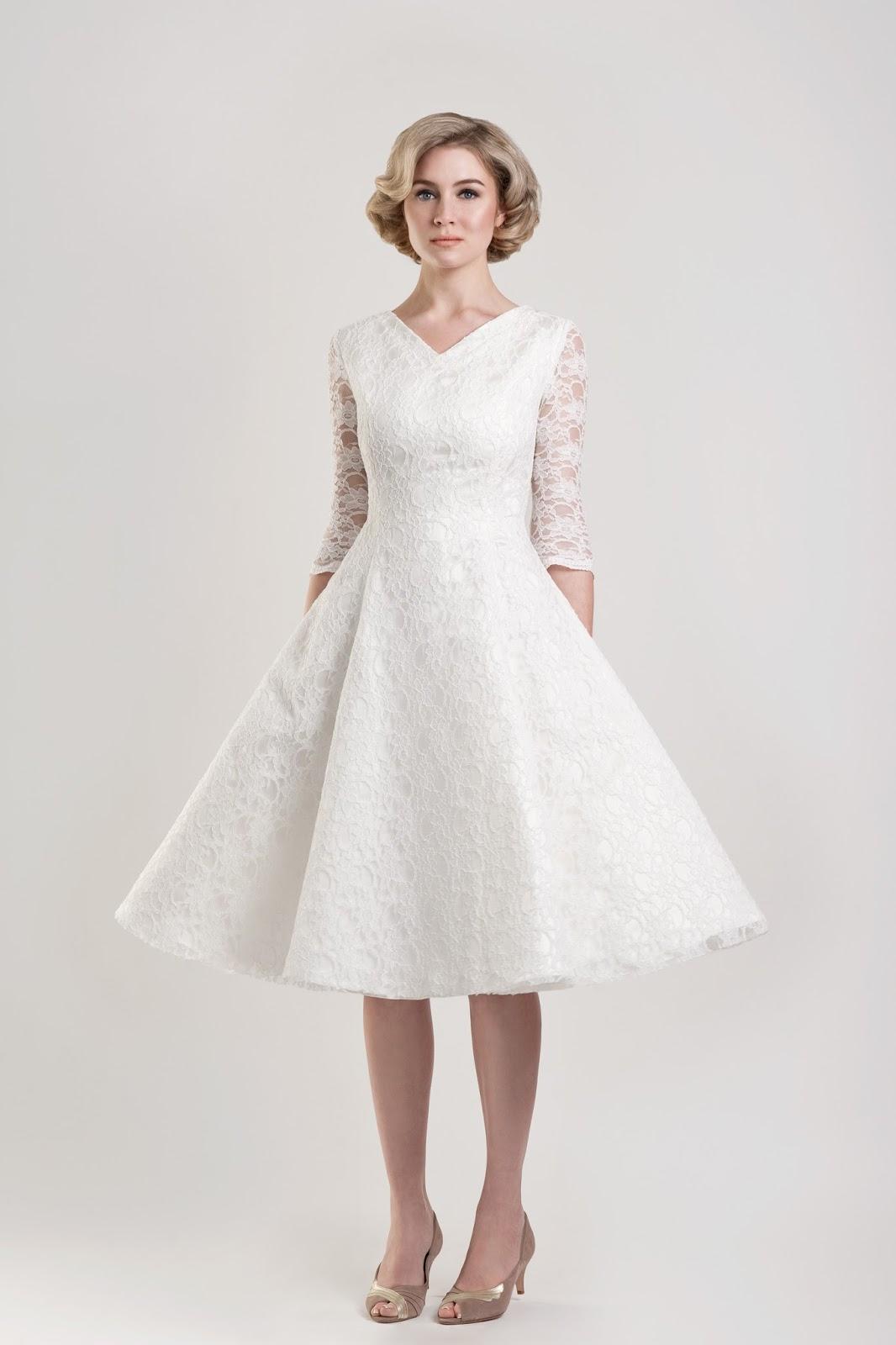 Wedding Photos of Older Brides, Images of Older Brides, Older Ladies Wedding Dresses, Older Bride Dresses with Sleeves, Senior Brides Wedding Dress
