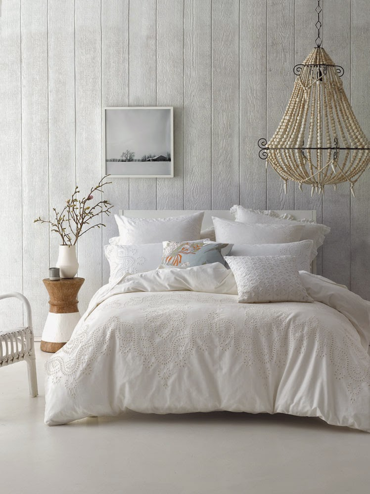 This White Cottonlinen Duvet Cover Set Is Beautifully