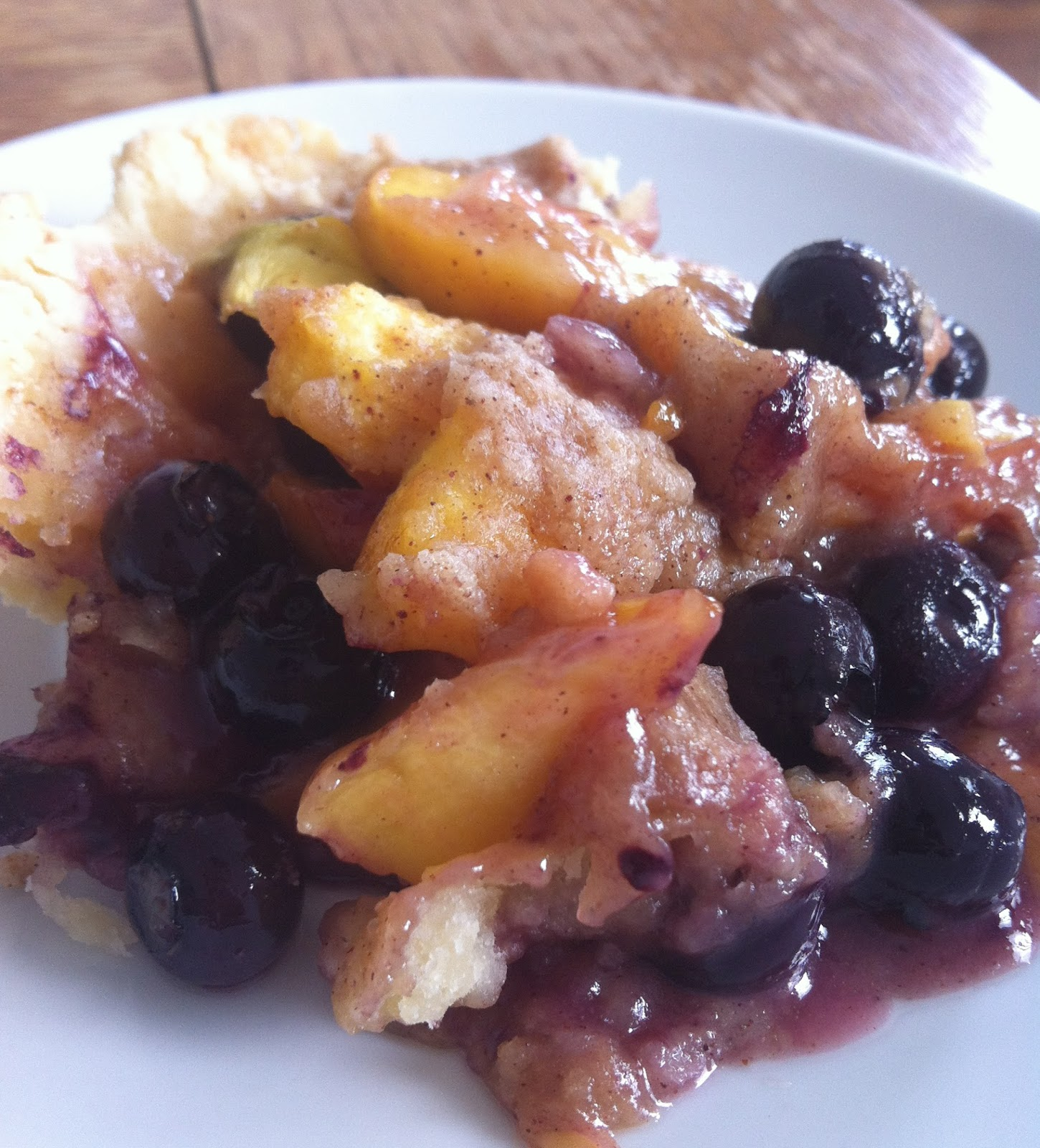 SugarScape: Blueberry Peach Cobbler Crisp