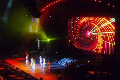 SHE singing Ai Jiu Dui Le 2015 Forever Stars Concert