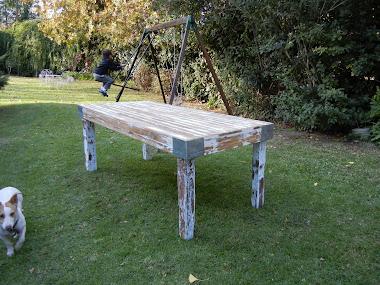 Mesa pinotea blanca 2 x 1 m