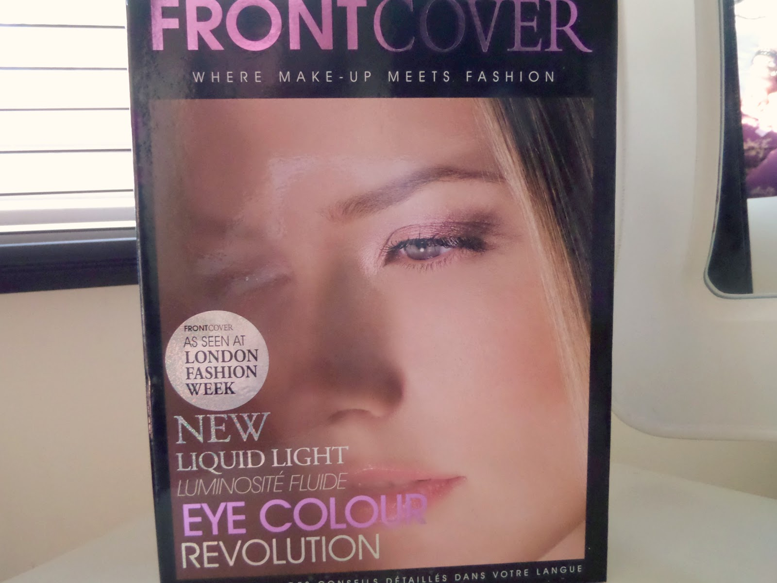 Front Cover Eye Colour Revolution Makeup Set