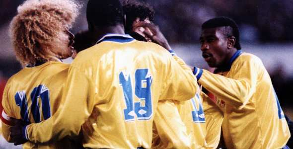 Jogadores colombianos celebrando uno de los goles a Argentina