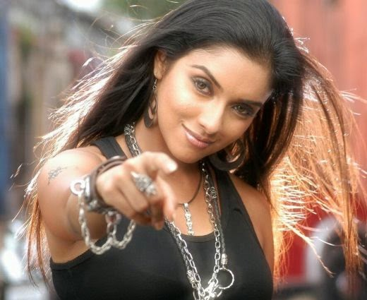 Asin Thottumkal bollywood movie actress free download
