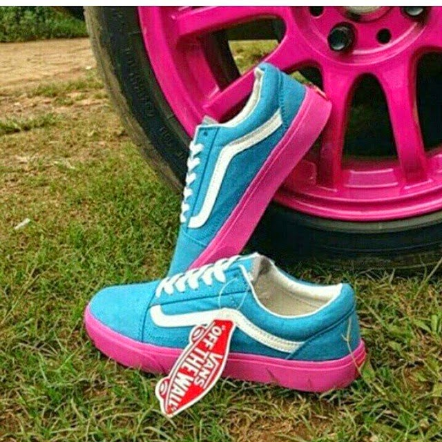 Sepatu Cewek Keren