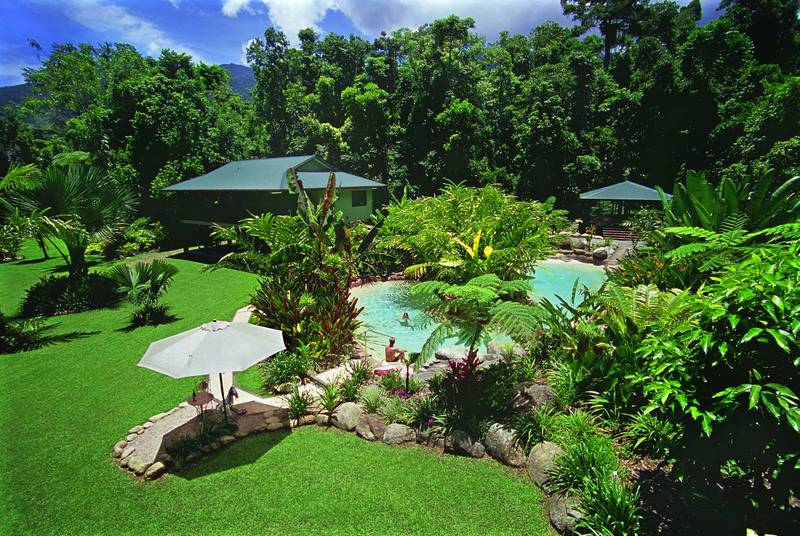 Landscaping in australia basic shapes of garden design for Garden designs queensland
