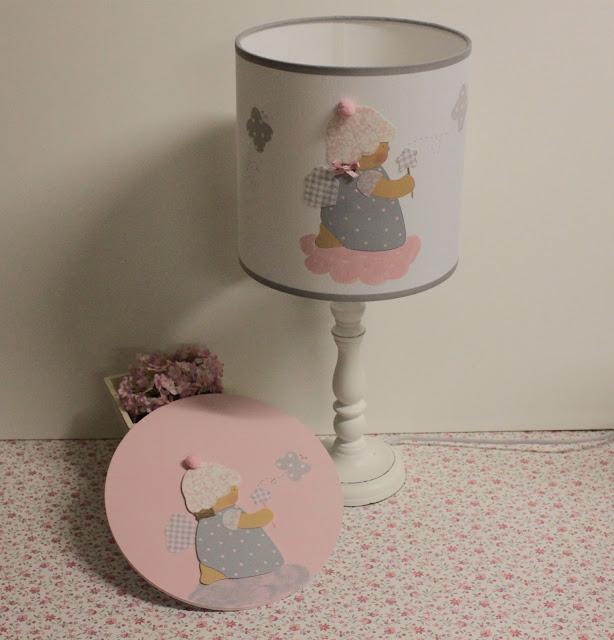 pantalla-infantil-personalizada-sobremesa-pintada-mano