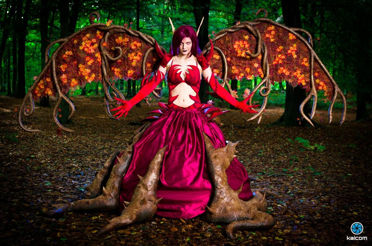 cosplay d'une demone arbre