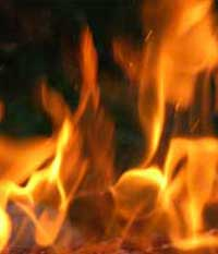 Gubug Terbakar