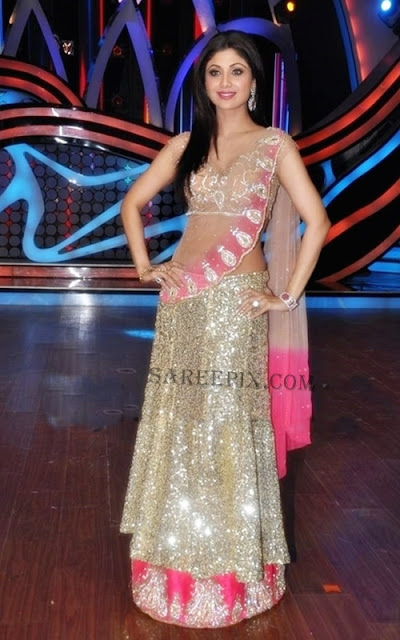 Shilpa-Shetty-transparent-Lehenga-Nach-Baliye-5-Grand-Finale