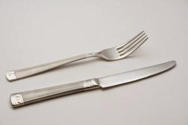 Myadriapolis un encuentro una soluci n aprendizaje y for Tenedor y cuchillo en la mesa