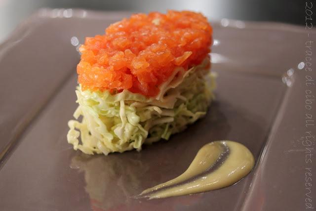 salmone affumicato, cavolo verza, topinambur, senape