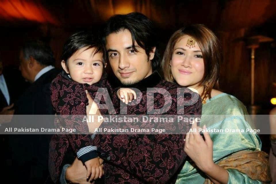singer actor ali zafar family photos mere pix