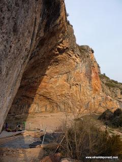 Cova Gran de Santa Linya