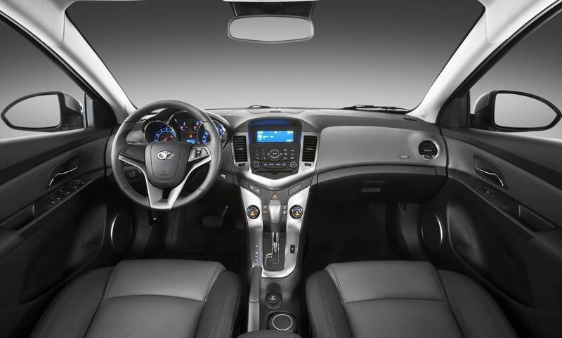Cho thuê xe Daewoo Lacetti CDX 1.6 AT