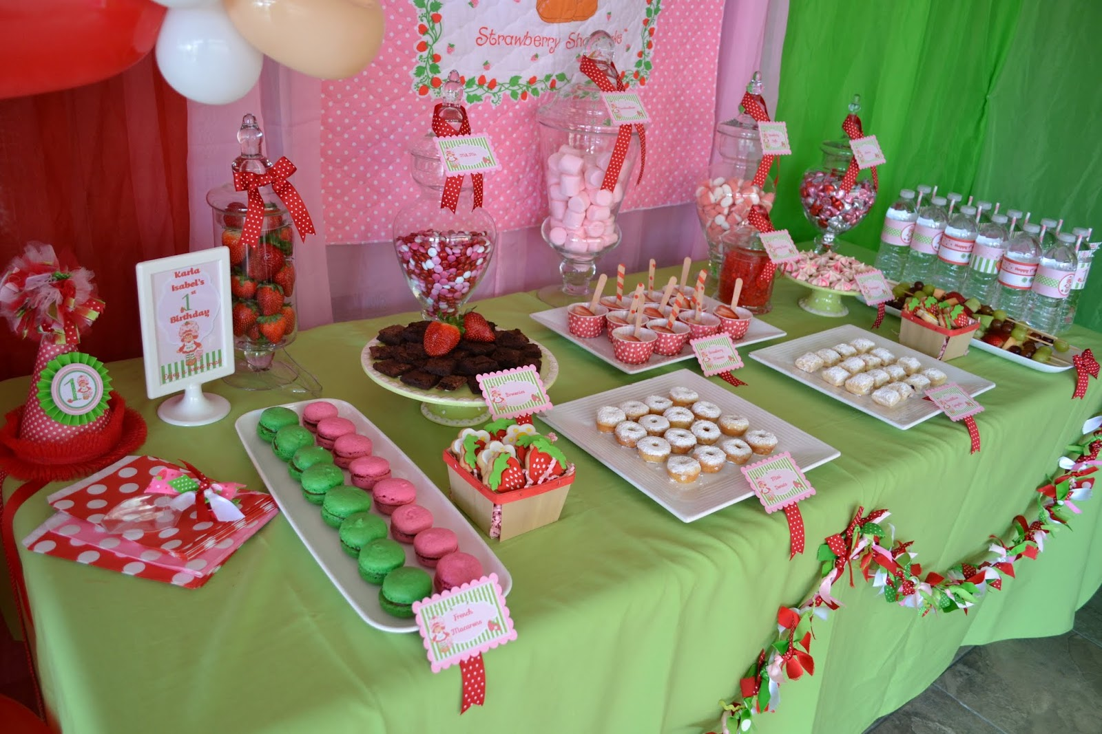 Partylicious Vintage Strawberry Shortcake Birthday