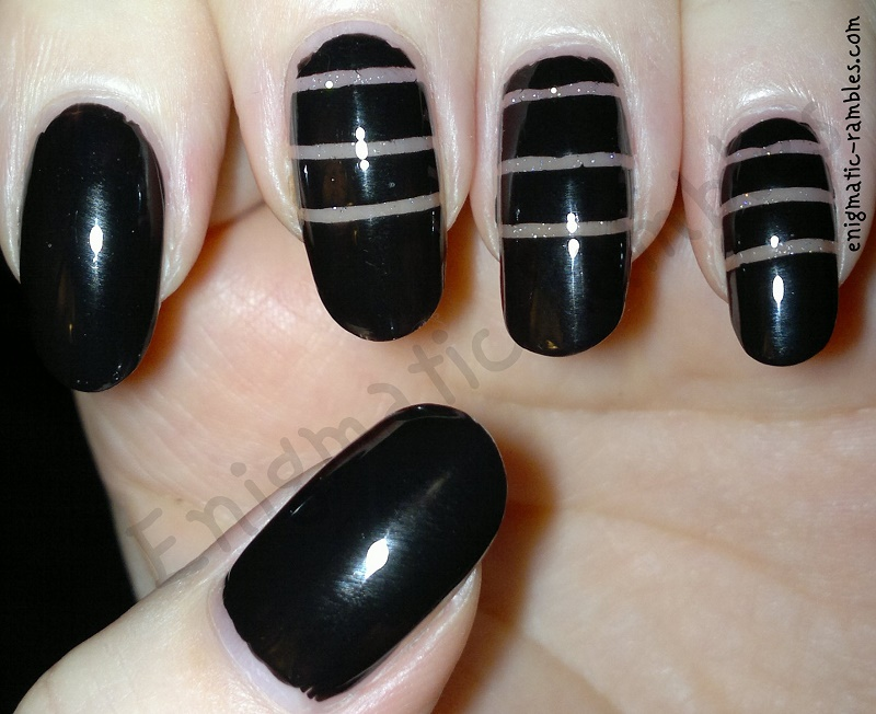 Negative-space-Nails-Inc-New-York-Noir-Jessica-Silver-Holographic-Top-Coat
