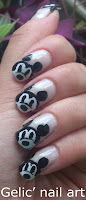 http://gelicnailart.blogspot.se/2013/06/mickey-mouse-funky-french-nail-art.html