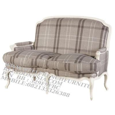 sofa jati jepara furniture mebel ukir jati jepara jual sofa tamu set ukir sofa tamu klasik set sofa tamu jati jepara sofa tamu antik sofa jepara mebel jati ukiran jepara SFTM-55134 jual mebel duco putih sofa duco putih jepara