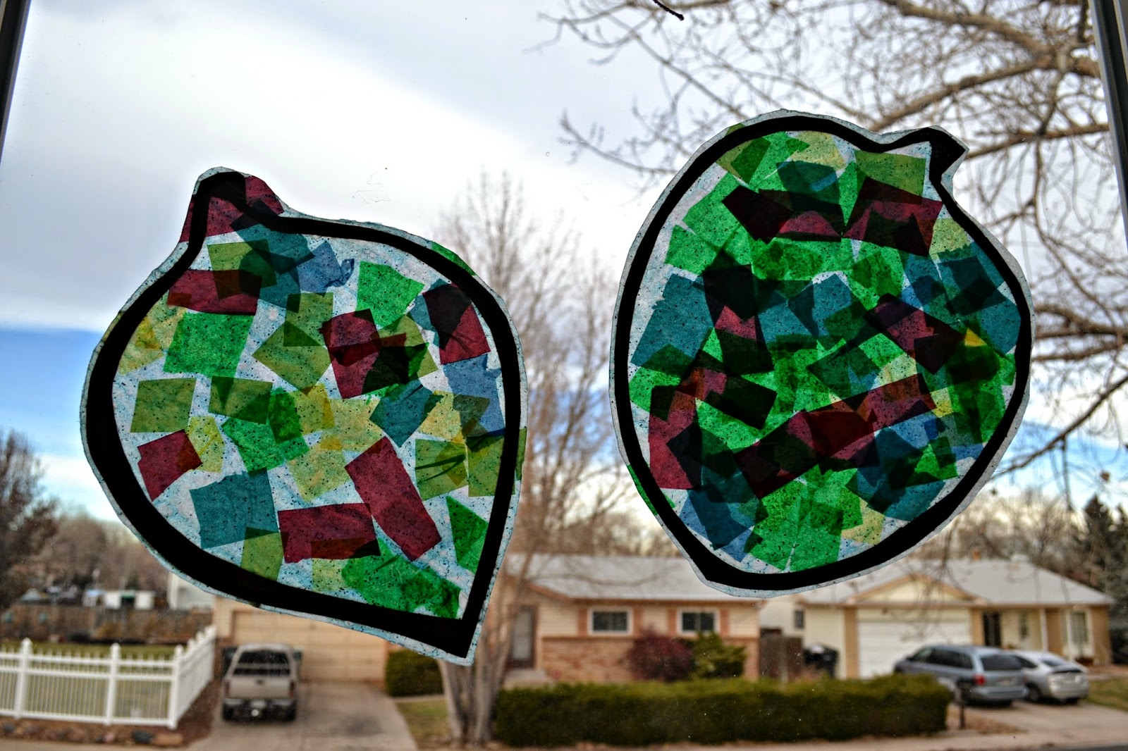 Christmas Stained Glass Ornaments Part - 38: Ornament Stained Glass - Preschool Christmas Craft Idea. Stained Glass  Crafts For Kids. Tissue