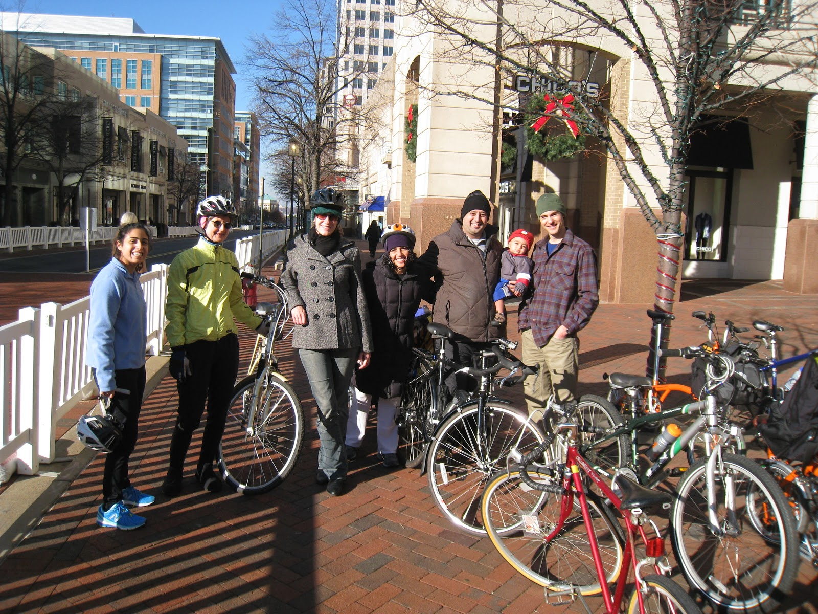 this morning we joined a social ride sponsored by the reston association pedestrian bicycling advisory committee burton griffith of the pbac led the