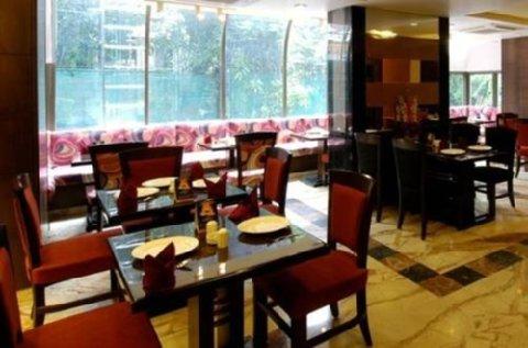 Indian bollywood celebrities hotels mumbai for Ajanta indian cuisine st petersburg