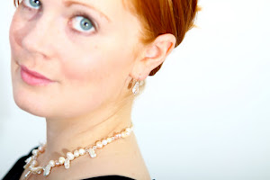 Pearl Necklace with crystal earrings