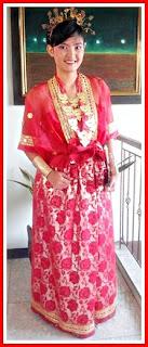 Baju adat sulawesi