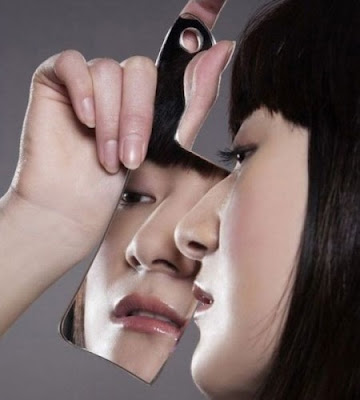 15 Unusual Mirrors and Creative Mirror Designs (15) 9