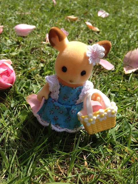 Sylvanian Families Flower Petals Buckley Deer