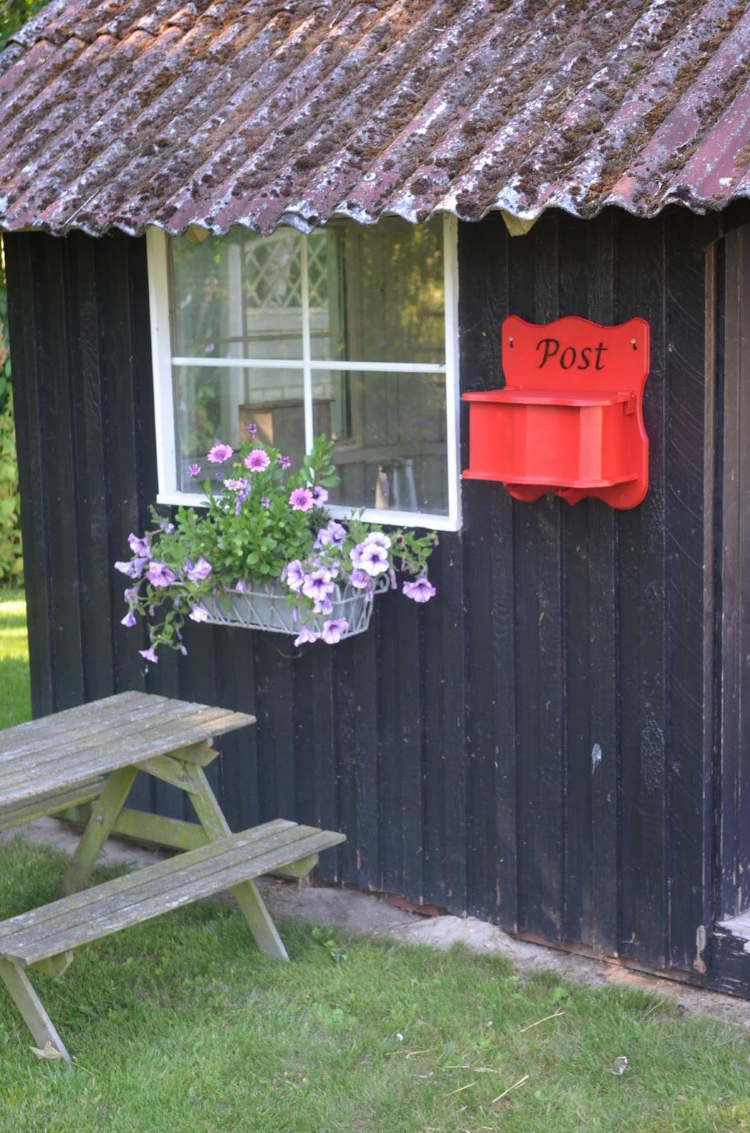 #B61615 Anbefalede Bonderosen: Gør Det Selv  Postkasse Gør Det Selv Marked Næstved åbningstider 5757 105916005757