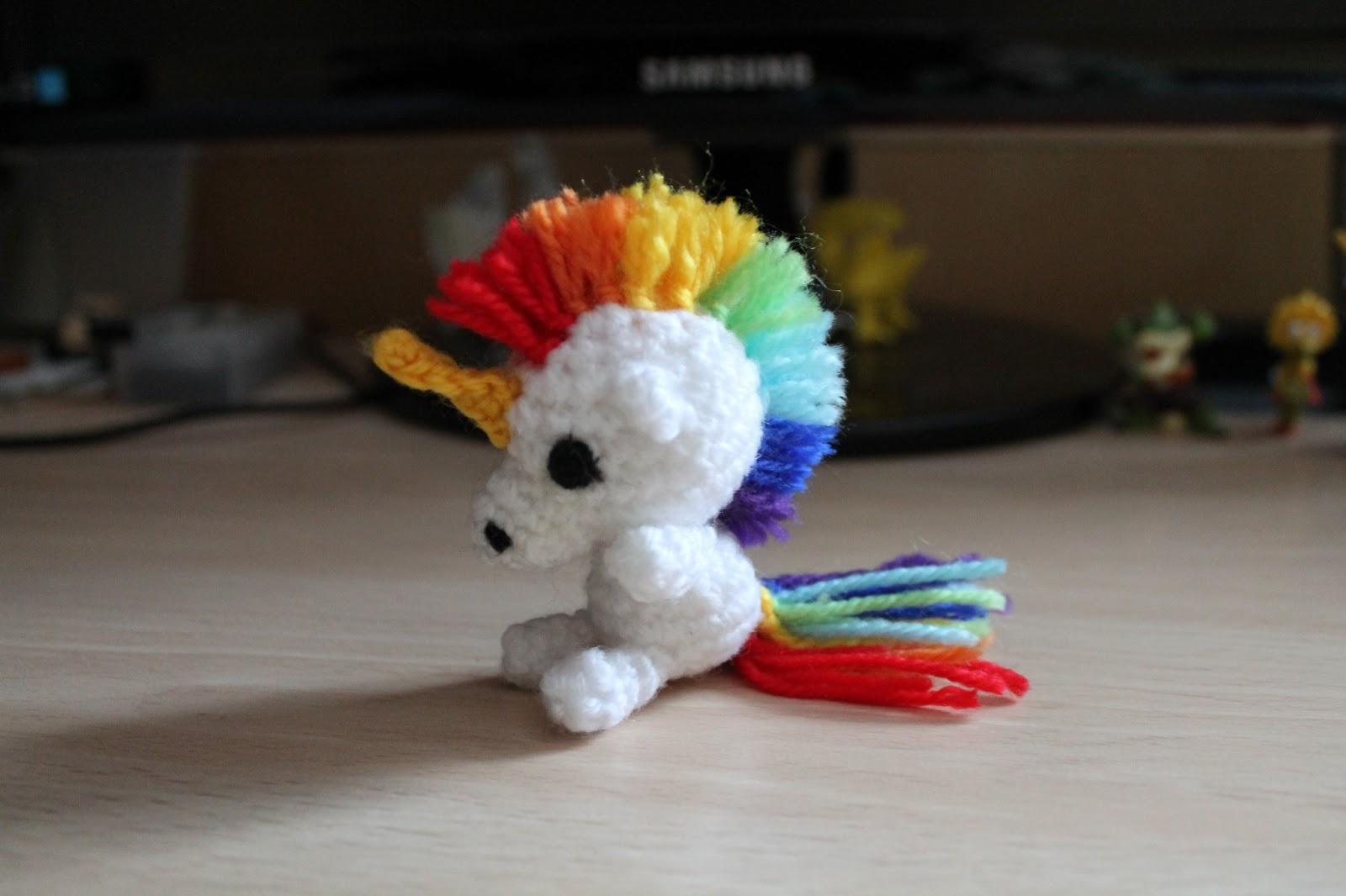 Amigurumi Unicornio Paso A Paso : Abuelita Rapta Ninos: Rainbow Love Unicorn (patron)