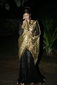 Anchor Shila Chakravarthy latest black saree Photos-thumbnail-14