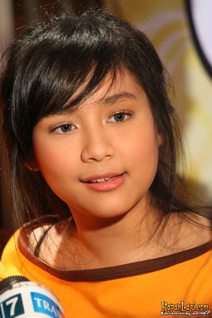 Gita Gutawa – Gadis Cantik   Foto Hot Artis