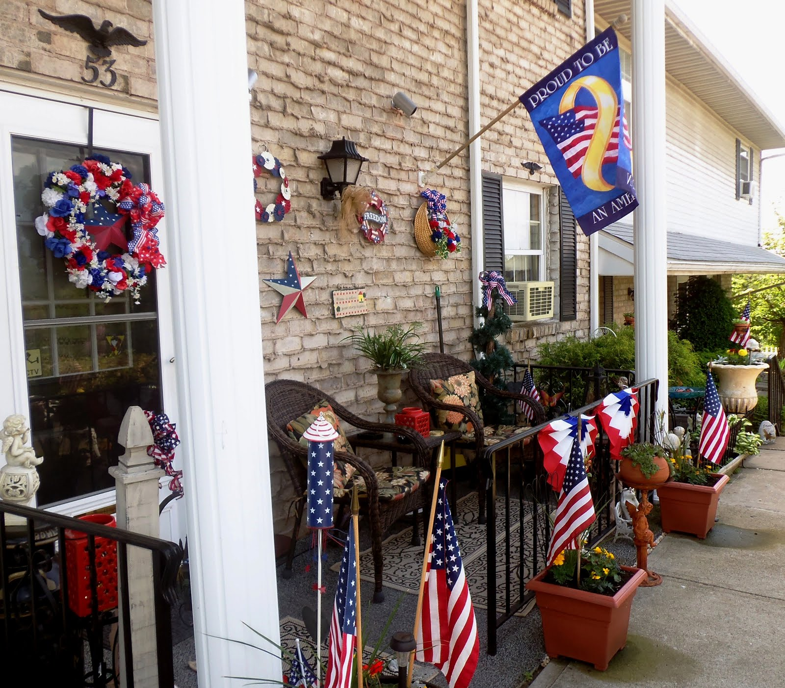 Patriotic Front Porch, 2016